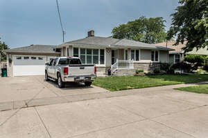 Featured Property in St Catharines, ON L2N 1E6