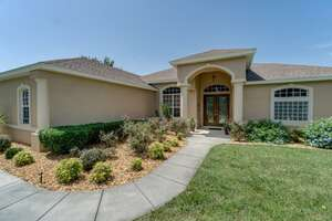 Featured Property in Weeki Wachee, FL 34613