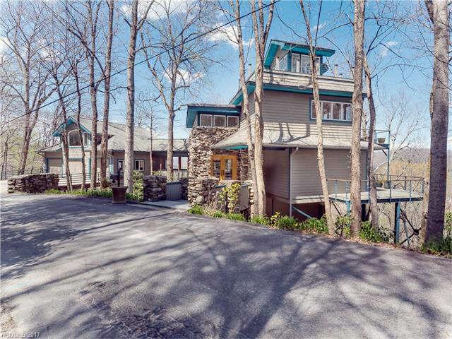 Single Family for Sale at 2060 Azalea Ridge Road Hendersonville, North Carolina 28739 United States