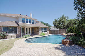 Featured Property in Helotes, TX 78023