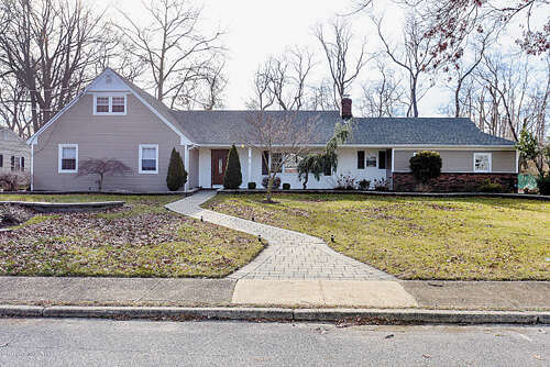 Single Family for Sale at 8 Pine Lane Ocean, New Jersey 07712 United States