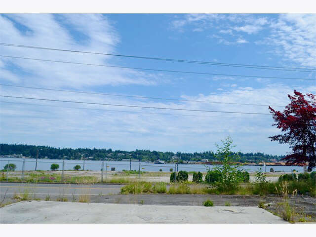 Investment for Sale at 1515 West Bay Dr NW Olympia, Washington 98502 United States
