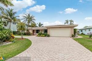 Featured Property in Lighthouse Pt, FL 33064