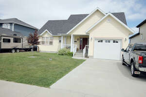 Featured Property in Nobleford, AB T0L 1S0