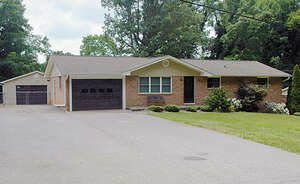Single Family Home for Sale, ListingId:39250406, location: 2732 29th Ave NE Hickory 28601