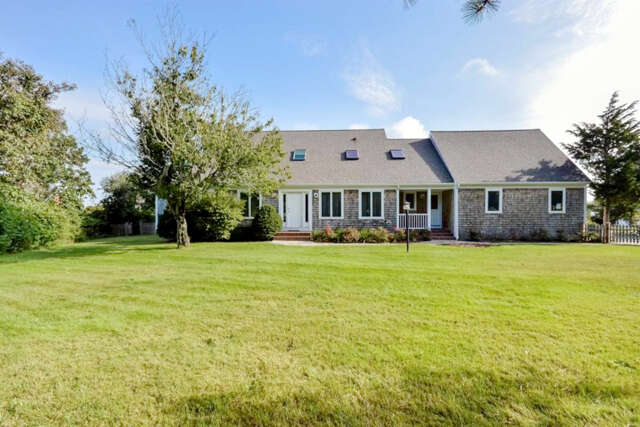 Single Family for Sale at 33 Torrey Rd East Sandwich, Massachusetts 02537 United States