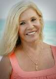 Suzy Spence, Destin Real Estate, License #: 603966
