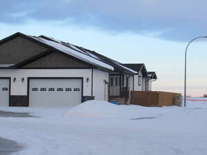 Real Estate for Sale, ListingId: 49733441, Olds, AB  T4H 0E4