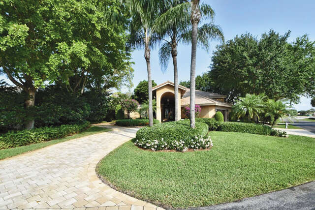 Single Family for Sale at 920 Greensward Lane Delray Beach, Florida 33445 United States