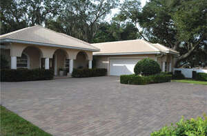 Featured Property in Winter Haven, FL 33881
