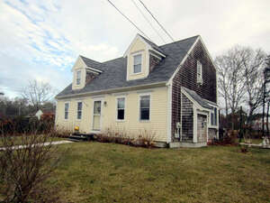 Featured Property in Dennis Pt, MA 02639