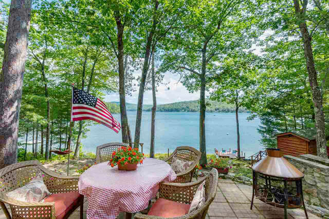 Single Family for Sale at 93 North Shore Road New Durham, New Hampshire 03855 United States