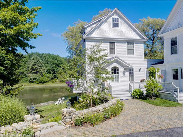Single Family for Sale at 4b Maine St 4b Kennebunkport, Maine 04046 United States