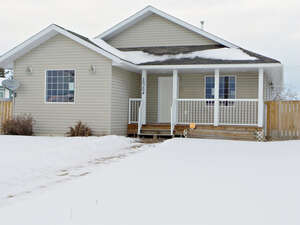 Featured Property in Bezanson, AB T0H 0G0