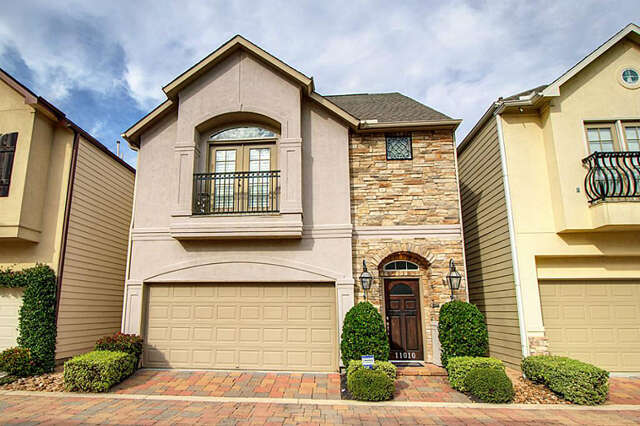 Featured Property in HOUSTON, TX, 77043