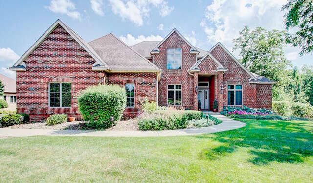 Single Family for Sale at 501 Pheasant Ridge Lane Fontana, Wisconsin 53125 United States