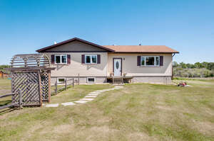 Featured Property in Sexsmith, AB T0H 3C0