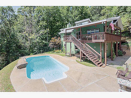 Single Family for Sale at 48 Moody Cove Road Weaverville, North Carolina 28787 United States