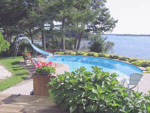 Featured Property in Leeds and the Thousand Islands, ON K7G 2V4