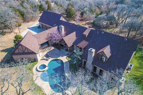 Single Family for Sale at 6003 Lakewood Ridge Road Edmond, Oklahoma 73013 United States
