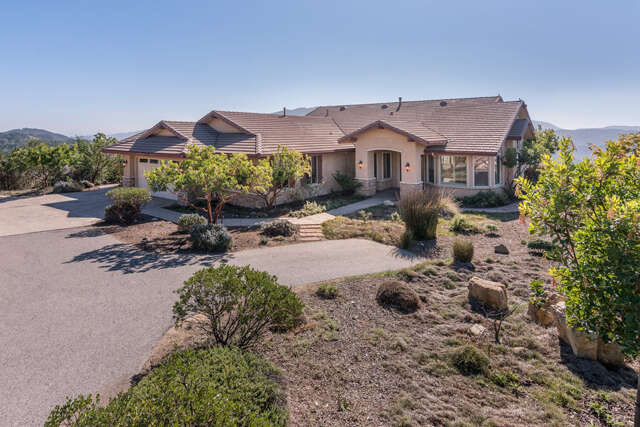Single Family for Sale at 12765 Rojo Court Atascadero, California 93422 United States