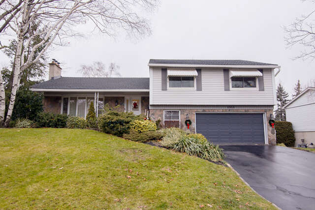 Real Estate for Sale, ListingId:42974023, location: 1325 Tyandaga Park Drive Burlington L7P 1N2