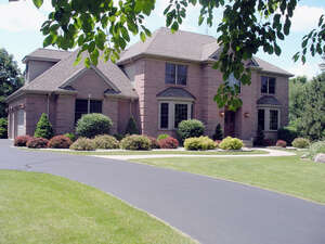 Featured Property in Harvard, IL 60033