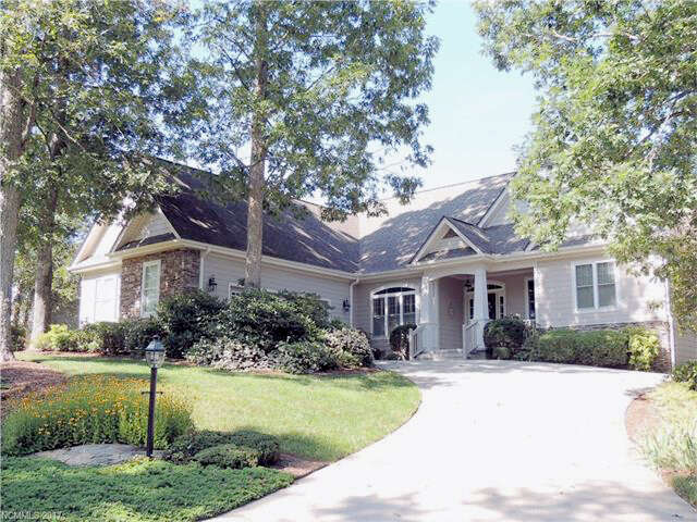 Real Estate for Sale, ListingId:44514868, location: 70 Shadowleaf Drive #20 Hendersonville 28739