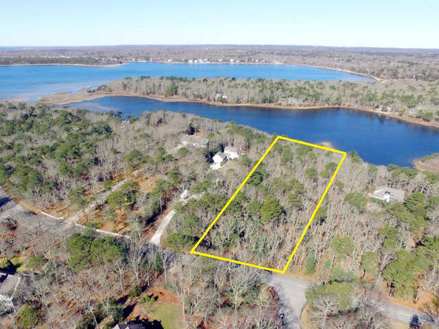 Investment for Sale at 105 Meadow Neck Road East Falmouth, Massachusetts 02536 United States