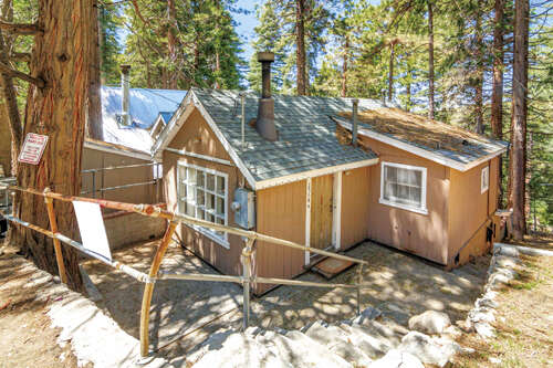 Real Estate for Sale, ListingId:44296185, location: 25616 HI LANE Lake Arrowhead 92352