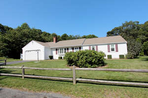 Featured Property in Centerville, MA 02632