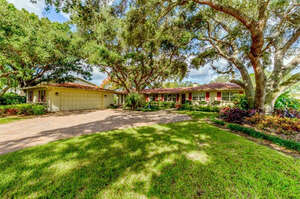 Featured Property in Bradenton, FL 34209