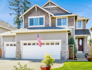 Featured Property in Bothell, WA 98012