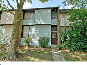 Featured Property in East Windsor, NJ 08520