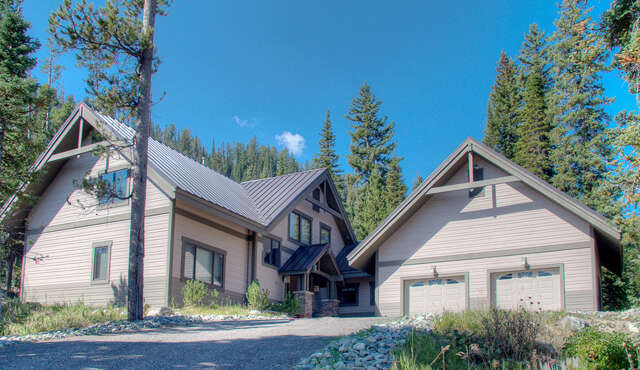 Single Family for Sale at 32 Low Dog Big Sky, Montana 59716 United States