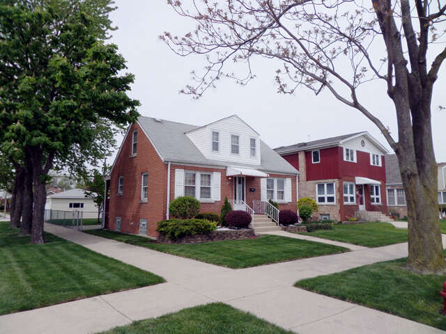 Real Estate for Sale, ListingId:44950011, location: 5756 S Nottingham Ave Chicago 60638