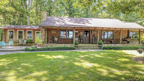Single Family for Sale at 5750 Railway Drive Greenback, Tennessee 37742 United States