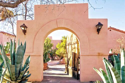 Single Family for Sale at 10600 E Camino Aurelia Vail, Arizona 85641 United States