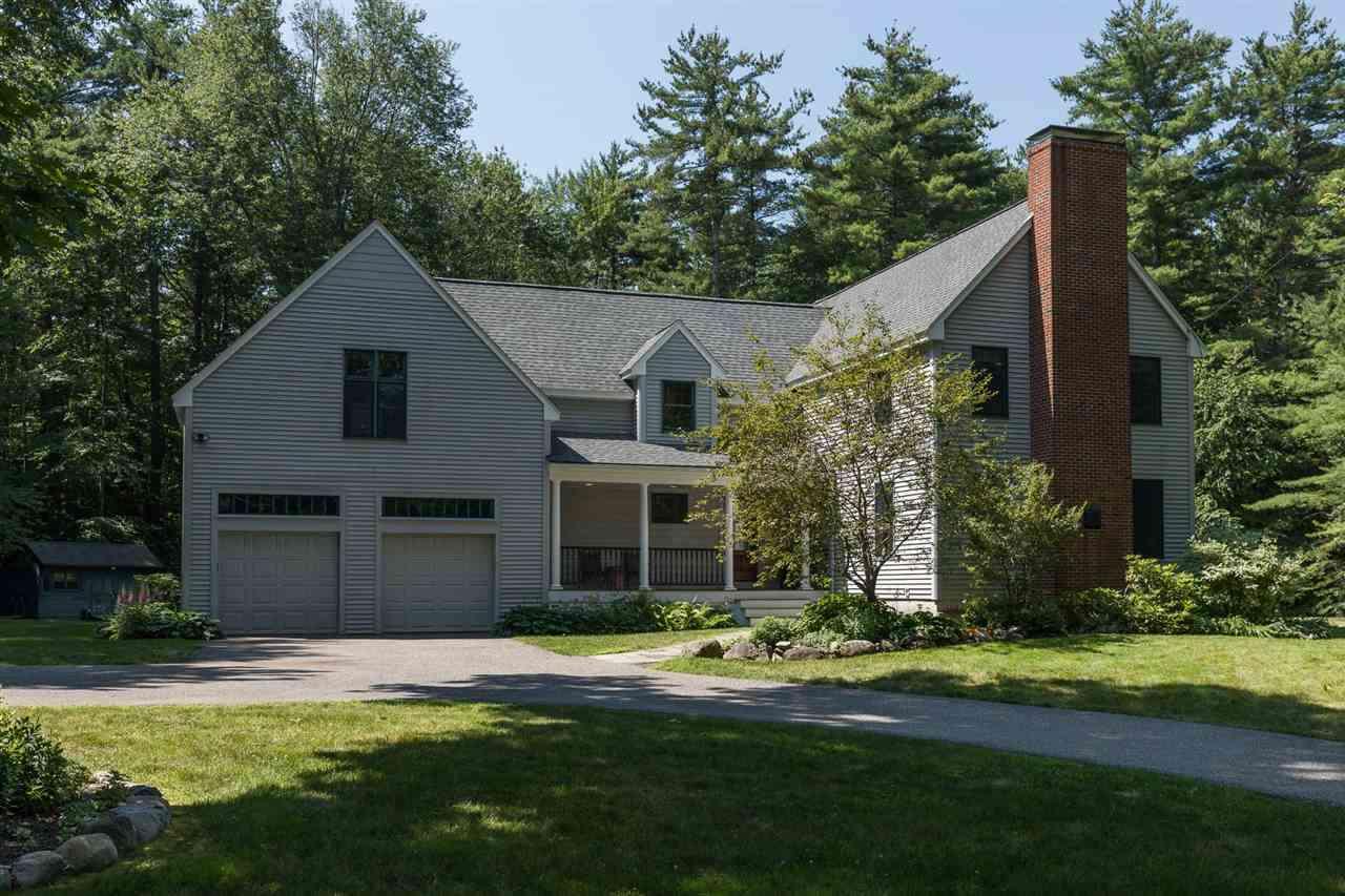 Single Family for Sale at 52 Dumbarton Oaks Stratham, New Hampshire 03885 United States