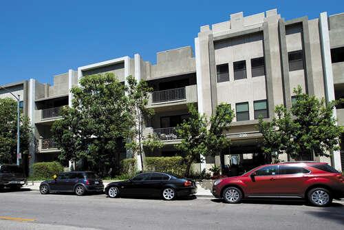 Single Family for Sale at 230 Jackson Ave #304 Glendale, California 91205 United States