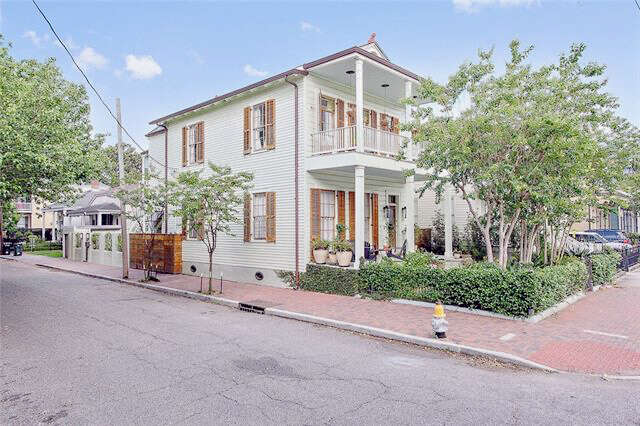 Multi Family for Sale at 1302 Eigth Street New Orleans, Louisiana 70115 United States