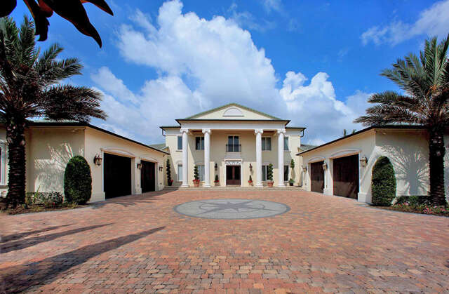 Single Family for Sale at 714 John Anderson Drive Ormond Beach, Florida 32176 United States