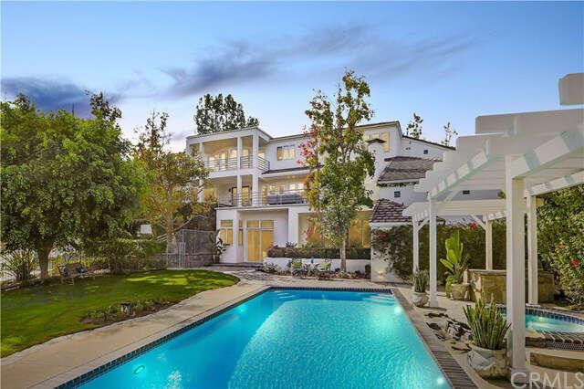 Single Family for Sale at 1 Via Presea Coto De Caza, California 92679 United States
