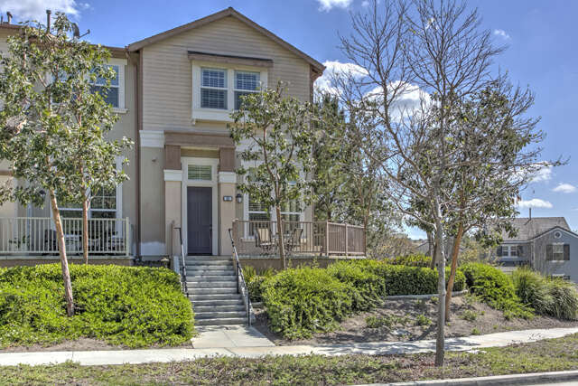 Condominium for Sale at 23 Queensberry Drive Ladera Ranch, California 92694 United States
