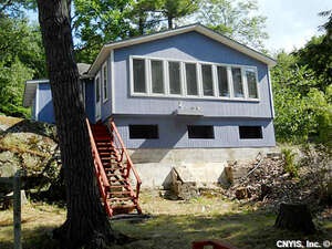 Featured Property in Wellesley Island, NY 13640