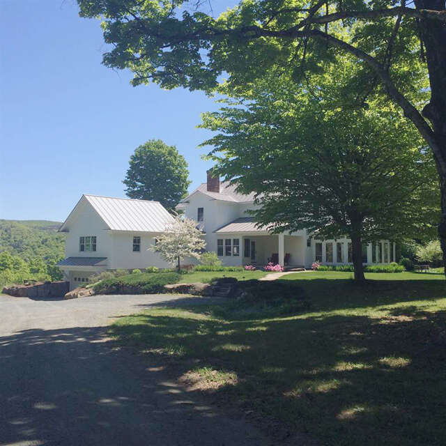 Single Family for Sale at 2091 Randall Road Woodstock, Vermont 05091 United States