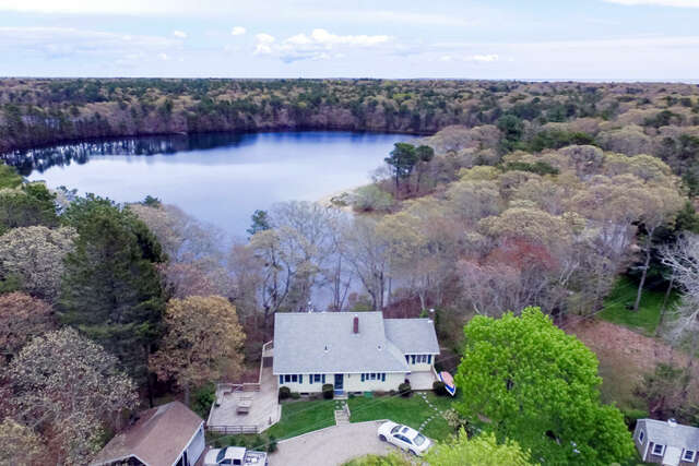 Single Family for Sale at 200 Pond Street Osterville, Massachusetts 02655 United States