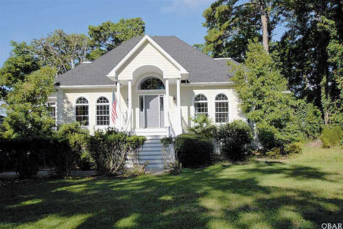 Single Family for Sale at 3032 Martins Point Road Kitty Hawk, North Carolina 27949 United States