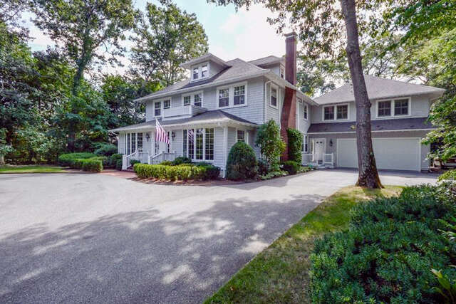 Single Family for Sale at 207 Wianno Avenue Osterville, Massachusetts 02655 United States