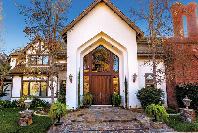 Single Family for Sale at 24892 Ravensview Court Temecula, California 92590 United States